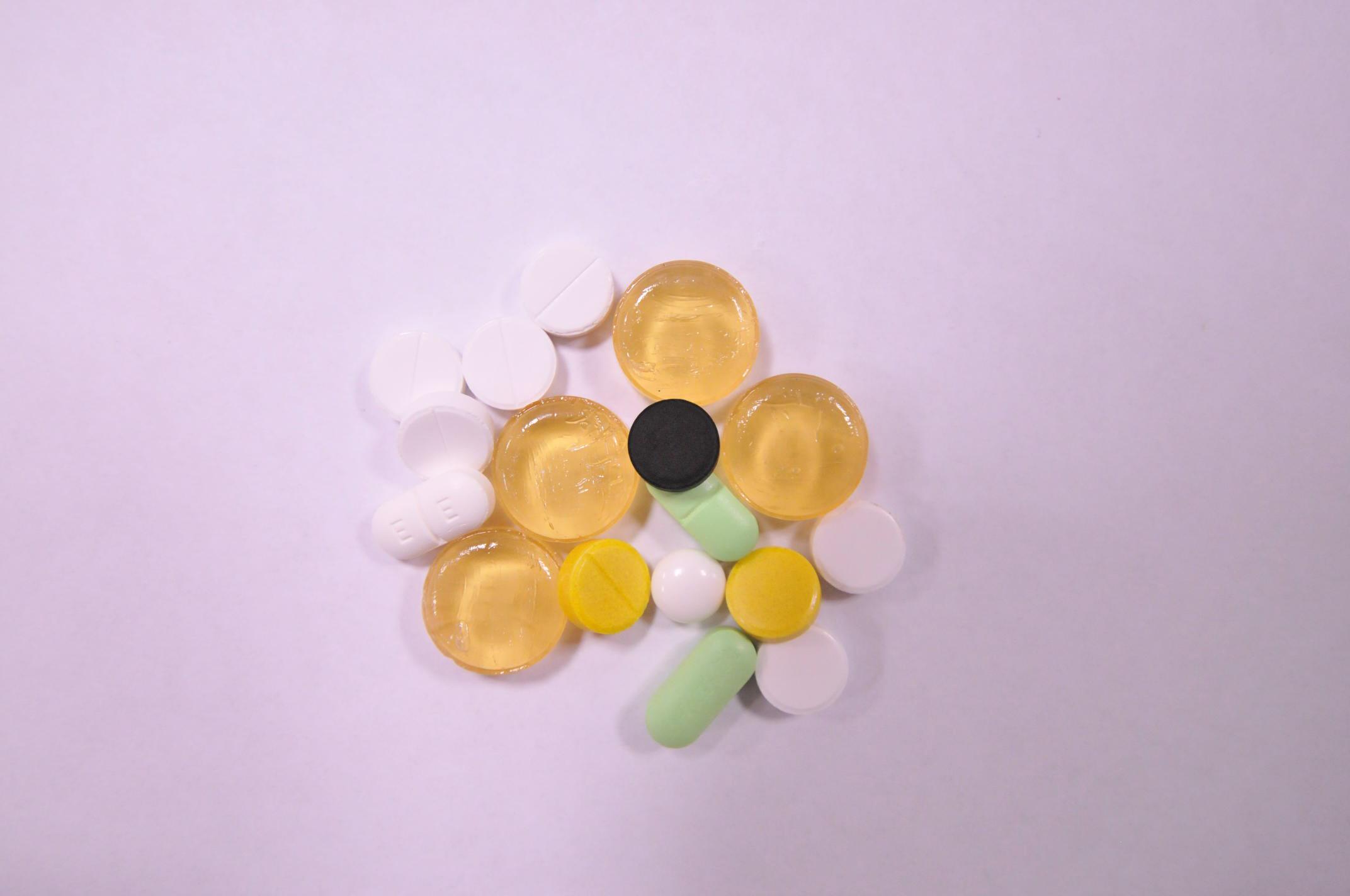 В Европе и США противовирусные препараты почти не используются
