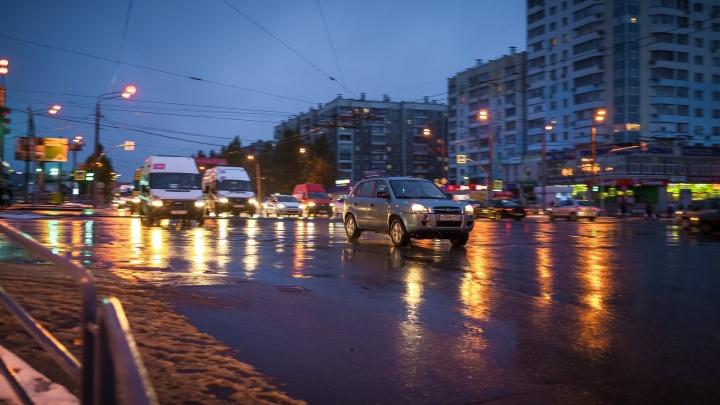 Челябинск второй раз за день встал в девятибалльных пробках