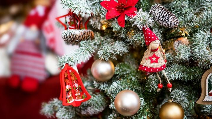 Новый год не придет, если его не ждешь: где искать подарки и декор для праздничной атмосферы в доме