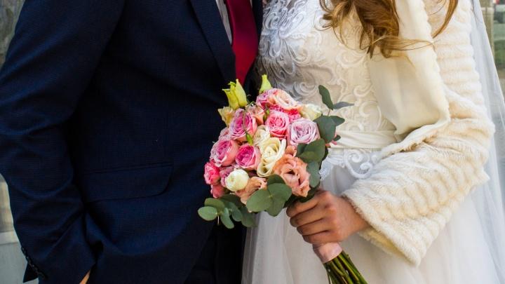 ЗАГС подсчитал, сколько новосибирских пар решили сыграть свадьбу 31 декабря