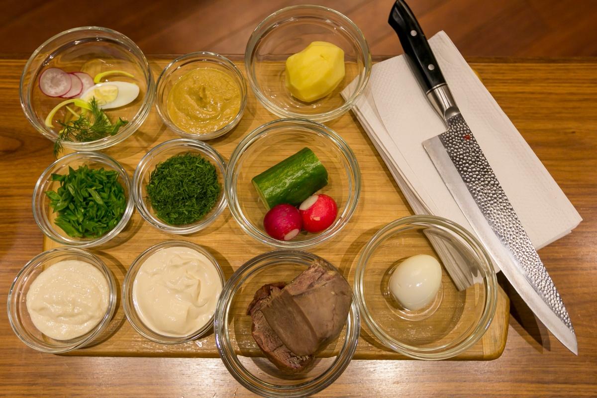 Ингредиенты, которые понадобятся для приготовления окрошки