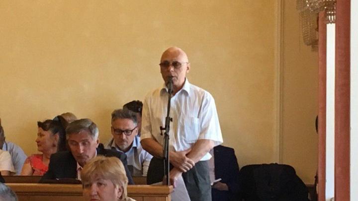 Ярославцу, раскритиковавшему мэра за благоустройство в городе, выключили микрофон