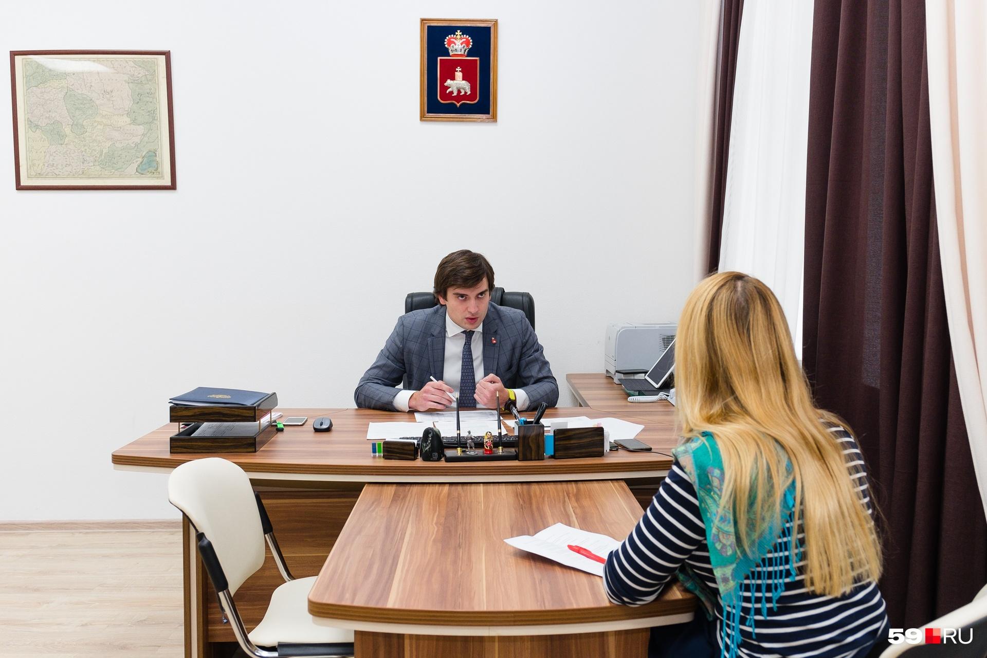 Максим Колесников занимает должность министра год