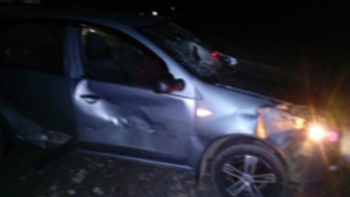 Женщина на «Рено» сбила двух мужчин: подробности смертельного ДТП