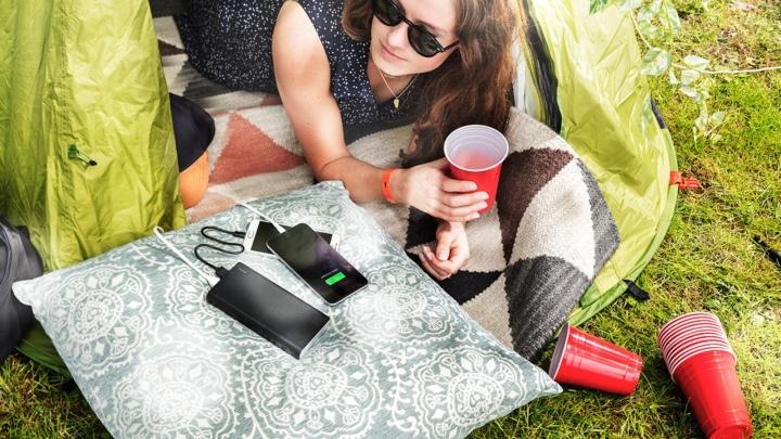 На зарядку становись: как зарядить смартфон, если села батарея