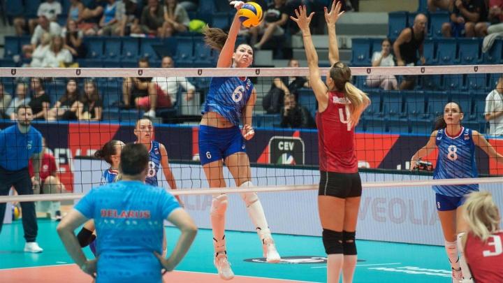 Сборная России, в составе которой две волейболистки «Уралочки», победила Белоруссию на ЧЕ-2019