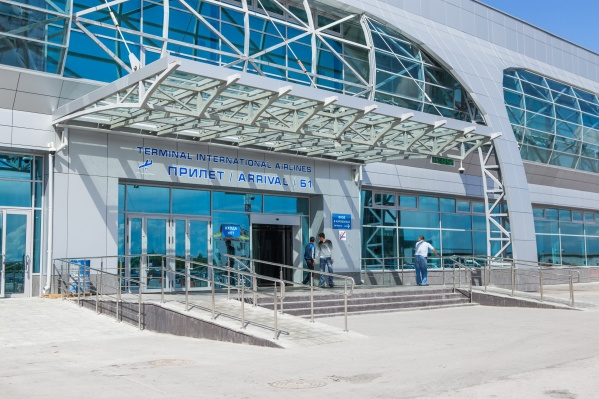 На сегодняшний день в аэропорту Толмачёво доля трансферных пассажиров составляет 20%, а к 2023-му, по прогнозам, составит уже около 50%