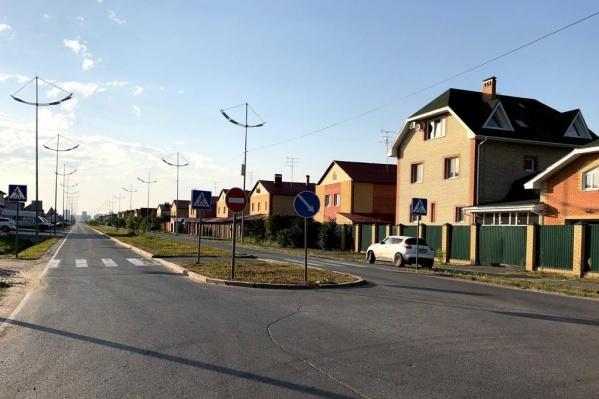 Жители Комарова и Патрушева категорически против соседства с развязкой