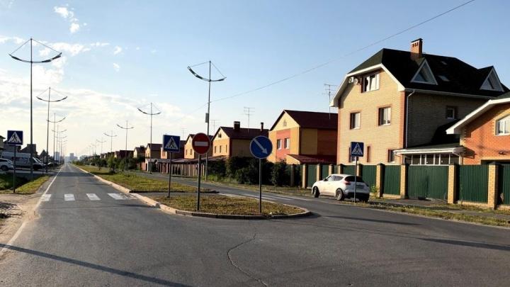 Комарово превратится в Богданович, Патрушева — в болото: спор чиновников и жителей из-за развязки