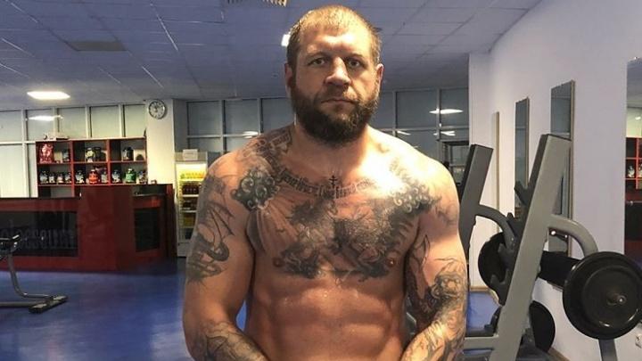 Соперником скандально известного бойца Александра Емельяненко в «Битве на Волге» станет Луис Энрике