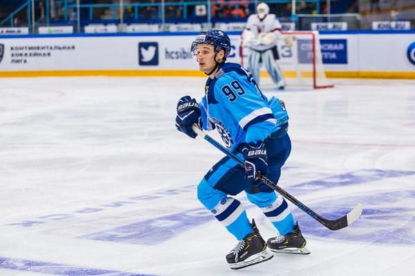 Вчера Никита Шашков забросил две шайбы в ворота подмосковного «Витязя»