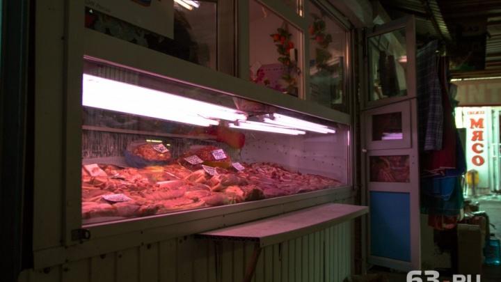 Из магазинов Самарской области изъяли 350 кг некачественного мяса