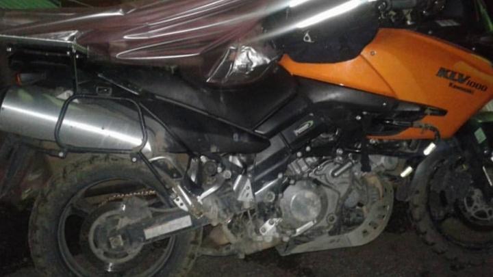В аварии в Башкирии разбился байкер из Франции