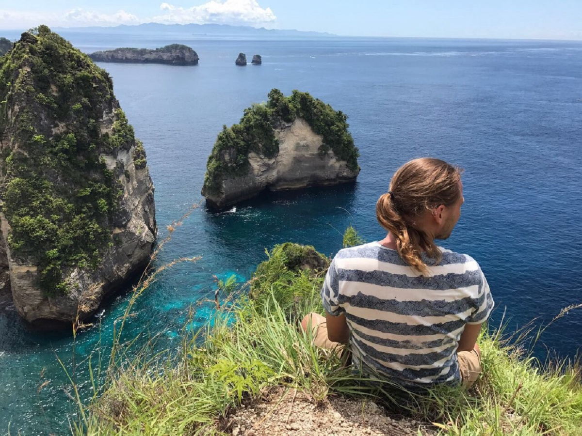 «Заработал на своих путешествиях и переехал на Бали»