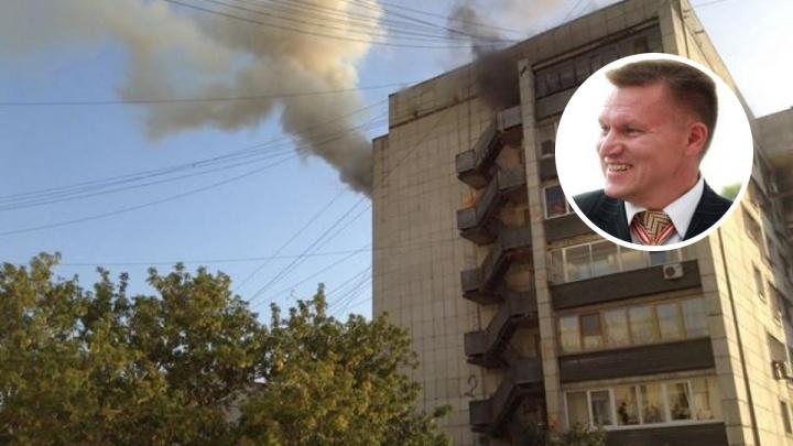 «Ползком добирался до квартир»: жильцов из задымленного подъезда на Малышева спас десантник