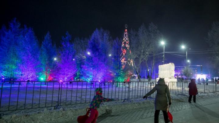 Заказана установка новогодних ёлок в центре Красноярска за 27 млн рублей