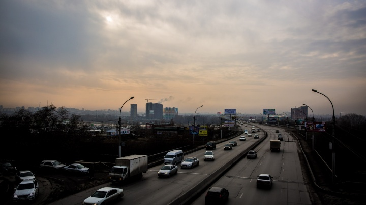 Колею убрали: дорожники отчитались о ремонте Димитровского моста