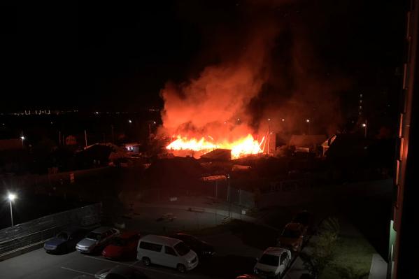 Гидранты рядом с местом пожара не работали