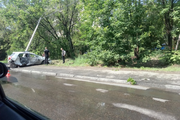 Пассажира и водителя «Тойоты» с травмами увезли на скорой в больницу