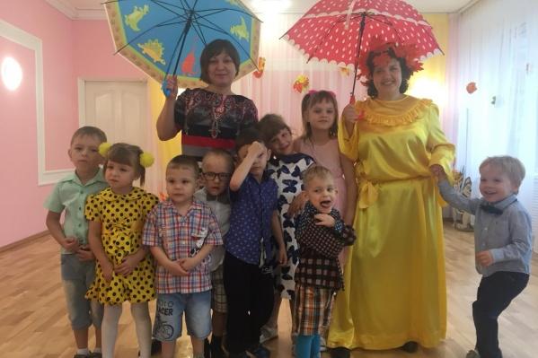 Татьяна Сопинская (справа) работает в детсаду № 194