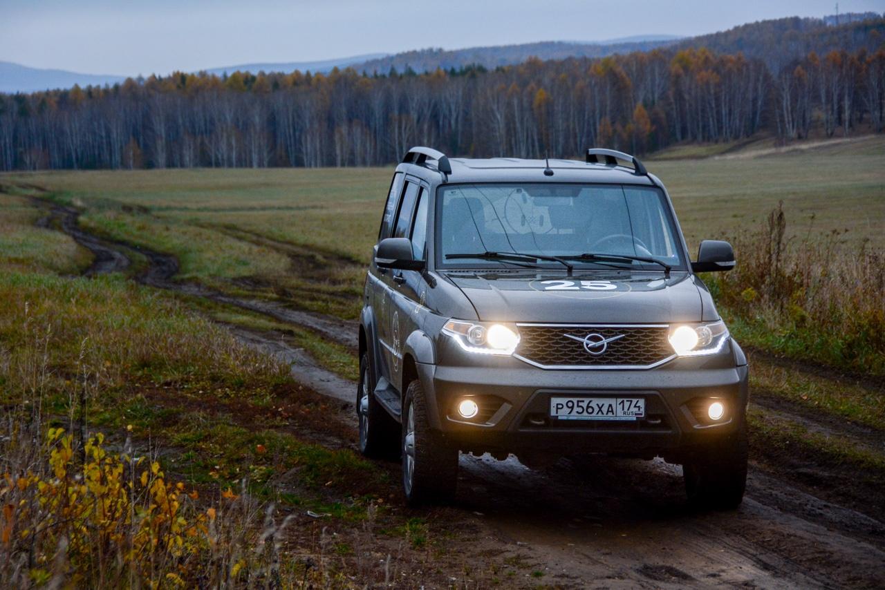 УАЗ начал выпуск «Патриотов» с импортным шестиступенчатым «автоматом»: цена в топовой версии составляет без малого 1,3 миллиона рублей