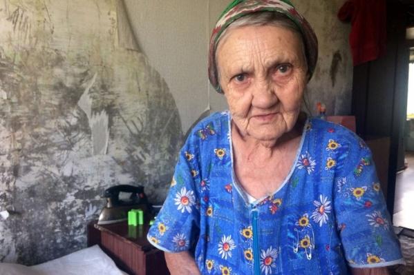 Бабу Лялю до слез растрогала помощь «тимуровцев»