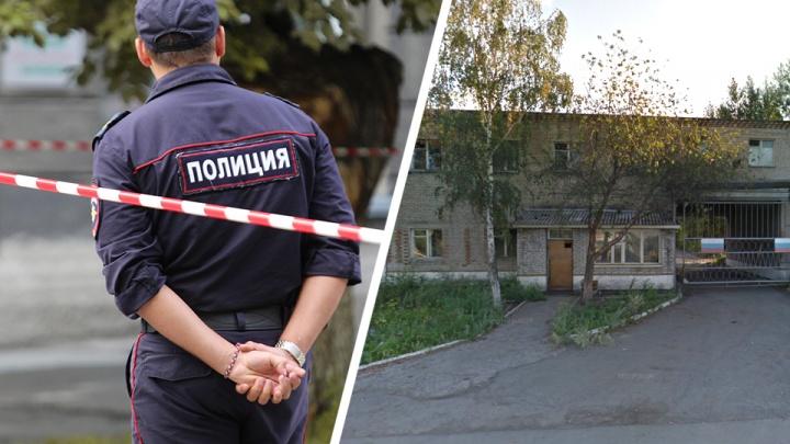 Возле крупного рынка в Новосибирске произошла массовая драка