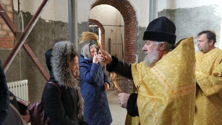В Александро-Невском соборе Волгограда приступили к росписи стен