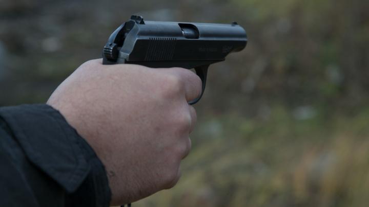 Идёт розыск подозреваемых: челябинца застрелили в лесу рядом с кладбищем