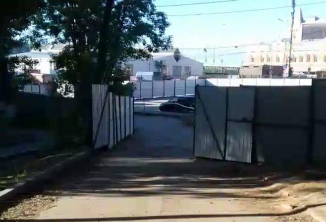 Страсти на Мануфактурной: застройщик открыл проезд к жилым домам