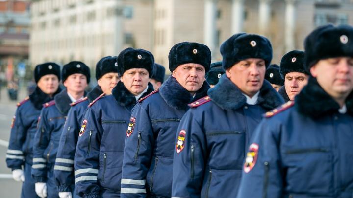 В Красноярске перестали работать телефоны экстренного вызова полиции 02