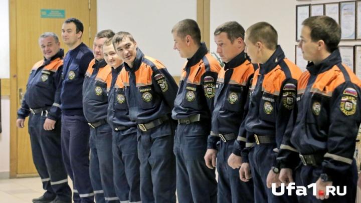 Уфимские спасатели отбили малышей от злобных ворон