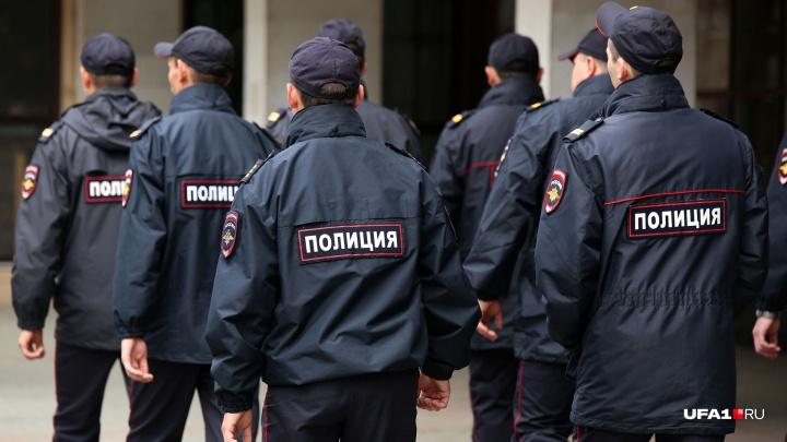 Двое курсантов института МВД Уфы попались на краже одежды из торгового центра