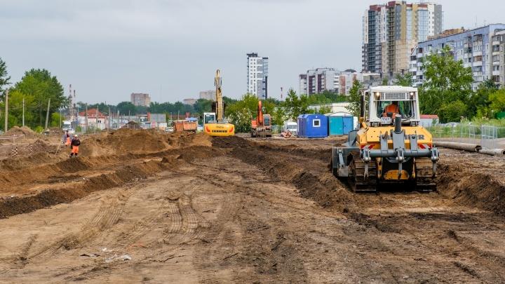 Реконструкция улицы Строителей в Перми идет с отставанием от графика. Как она сейчас выглядит