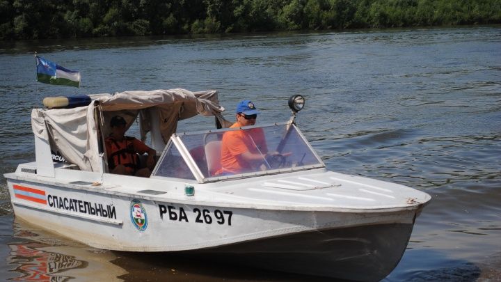 В Уфе на пляже«Солнечный» спасли тонущую 18-летнюю девушку