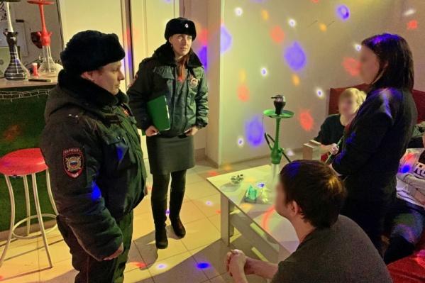 Подростков доставили в полицию для беседы