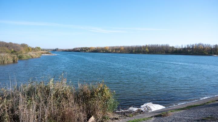 Власти Ростова планируют построить мост через Ростовское море