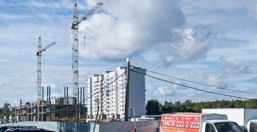 В ЖК «Кольцовский дворик» начали строить три дома: один уже почти возведен, еще два только начаты