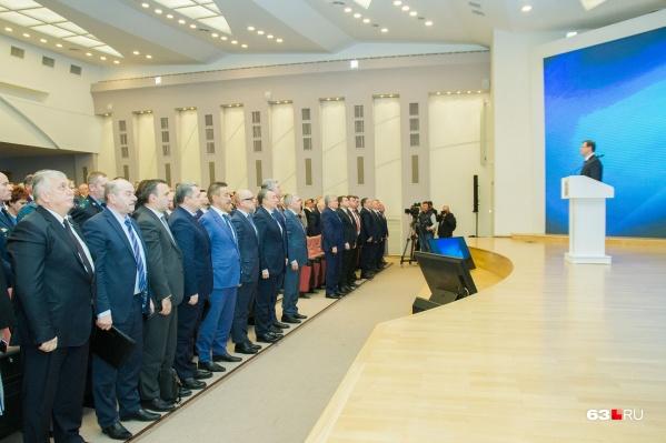 Большинствоминистров в среднем зарабатывают от одного до пяти миллионов рублей в год