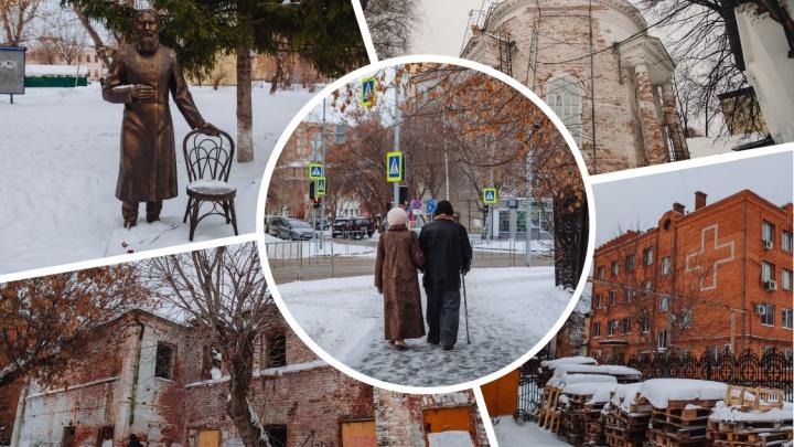 Здесь лечился Распутин и дома стоят на кладбище: изучаем Аптекарский сад на Даудельной