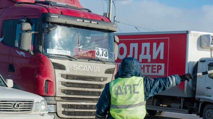 Власти объяснили причину разрушения дорог фурами в этом сезоне