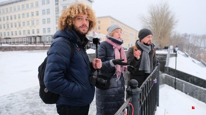 «Утомилась объяснять, что это не заказ»: как мы снимали интервью с Ильей Варламовым
