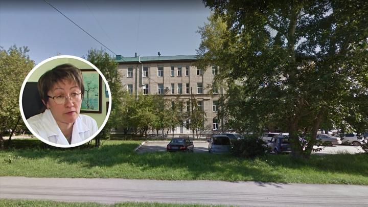 Врачи попросили Бастрыкина наказать мужа пациентки, который сломал руку медработнику из Бердска