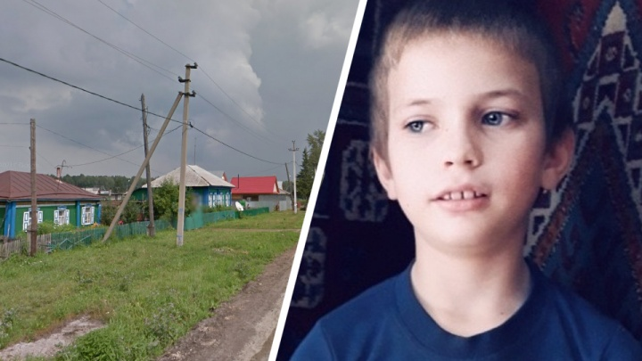 Под Новосибирском пропал школьник в сером костюме