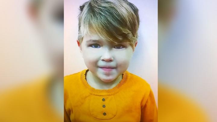 «Мамочка, ты приехала за мной?»: родители четырехлетней Ксюши забрали ее из Ростова на родину