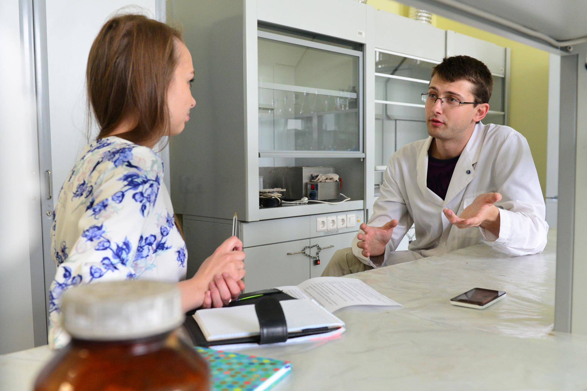По словам Александра Ермошина, технология получения ГМО скопирована у природы