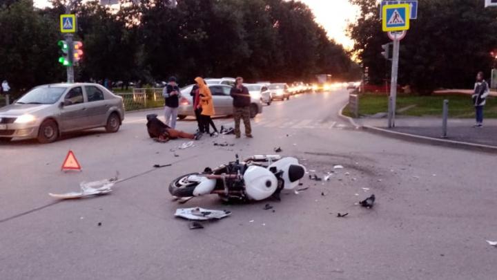 «Нарушили оба»: подробности аварии с мотоциклом и УАЗом, в которой пострадал байкер
