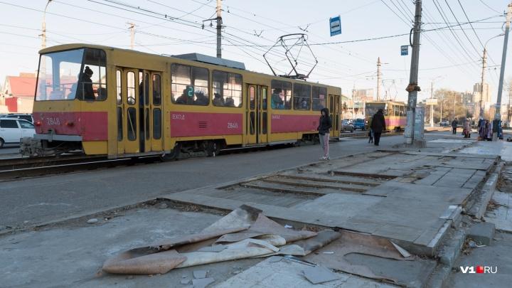Чиновники Волгограда не хотят приводить в порядок изуродованные перед мундиалем остановки