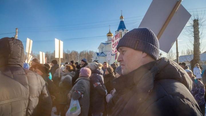 Дума приняла поправки в Конституцию в первом чтении, не спросив нас. Уральский депутат объясняет почему