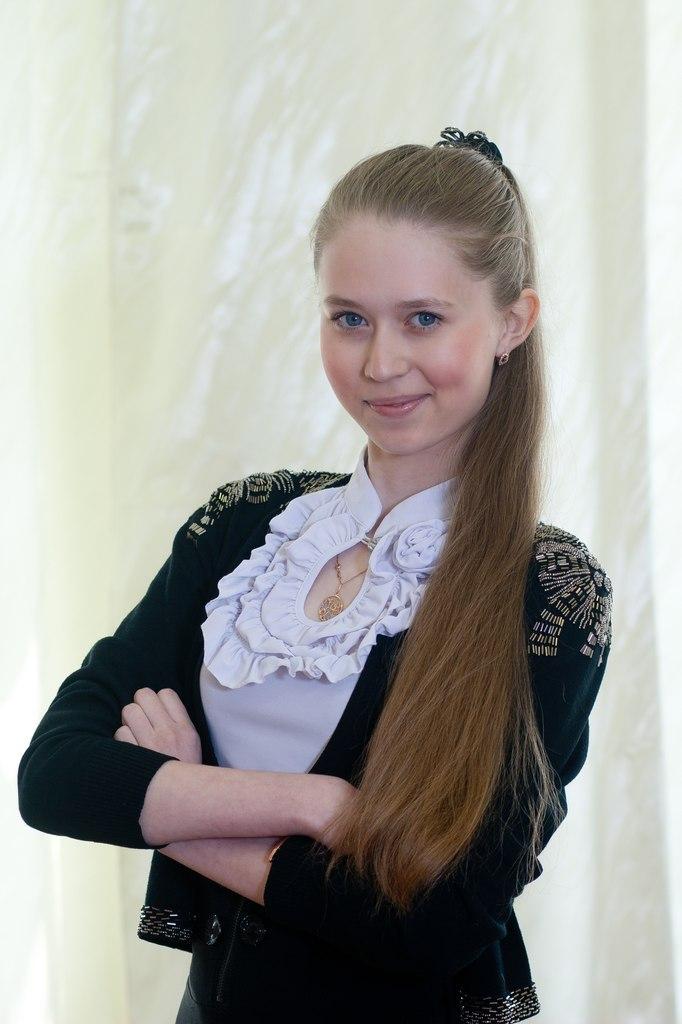Ирина занимается восточными танцами и балетом